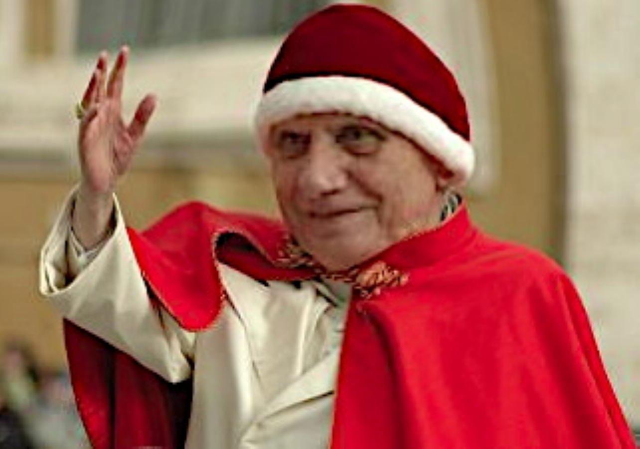 Benediktollah Paparatzinger BenedettoXVI camauro