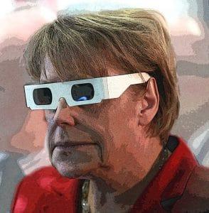 Angela Merkel in Black MIB • Foto: Armin Kübelbeck • CC-BY 3.0 unportet • Bearbeitung: qpress