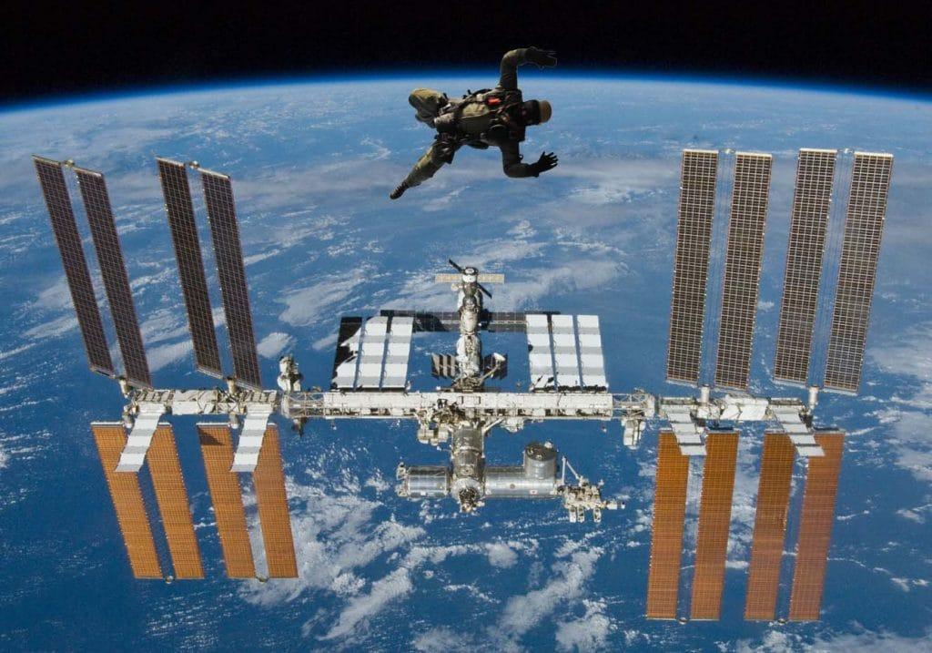 Erster Fluchtversuch von der ISS nach Baumgartner