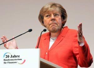 Merkel stärkt Steinbrück den Rücken Merkel-Steinbrueck-Peergela-qp