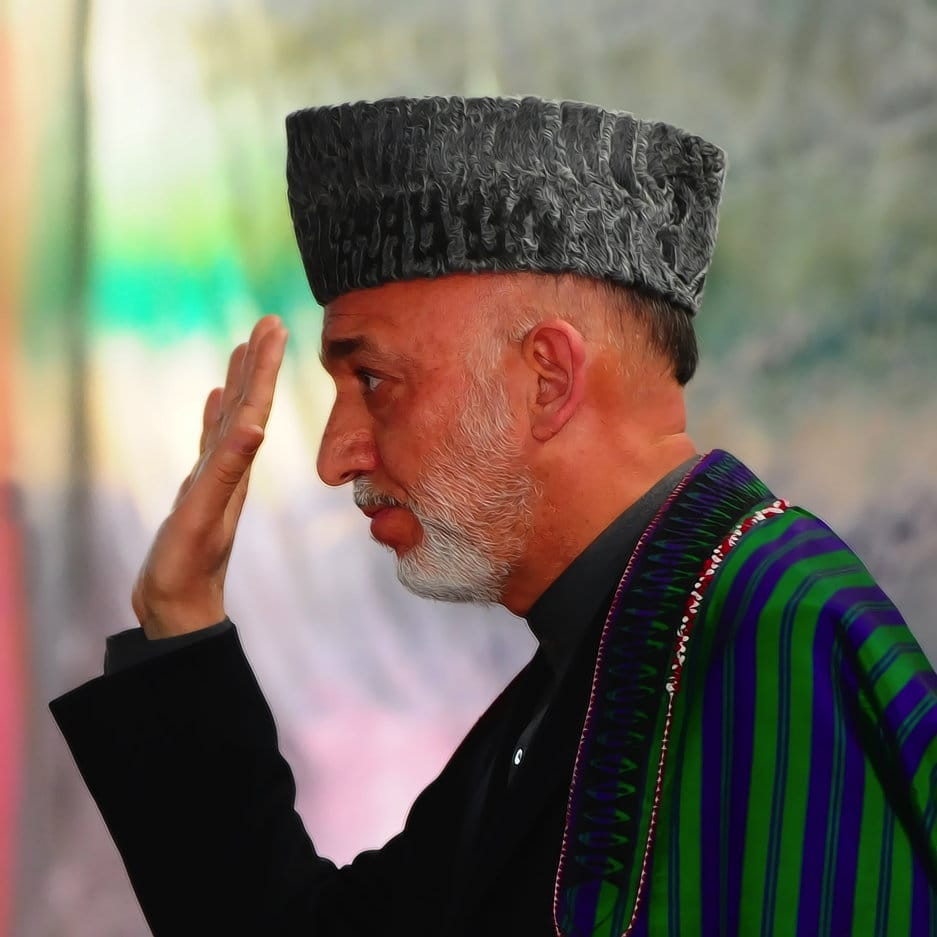Karzai discusses plans for NATO transition at NMAA graduation