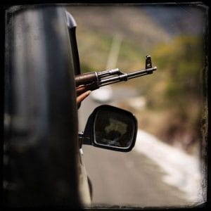 Bürger an der Waffe - Mexiko als Vorbild gegen organisierte Regierungskriminalität in Europa Mexiko Gewalt Drogenkartelle Buergerwehr Widerstand