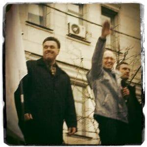 Niemand hat die Absicht eine Mauer zu errichten, außer Arsenij Jazenjuk Arseni Jaz Jazenjuk Vitali Klitschko freudige begruessung npd und faschisten mauerbau zu russland hassprediger
