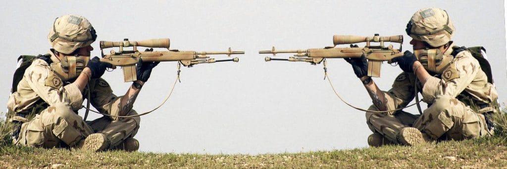 Todes-Rekord auf 2.475 Meter, Live-Scharfschützen-Wettbewerb im Kriegsgebiet scharfschuetzen bei der Arbeit berufsmoerder mord totschlag krieg menschenrecht wahnsinn massenmord