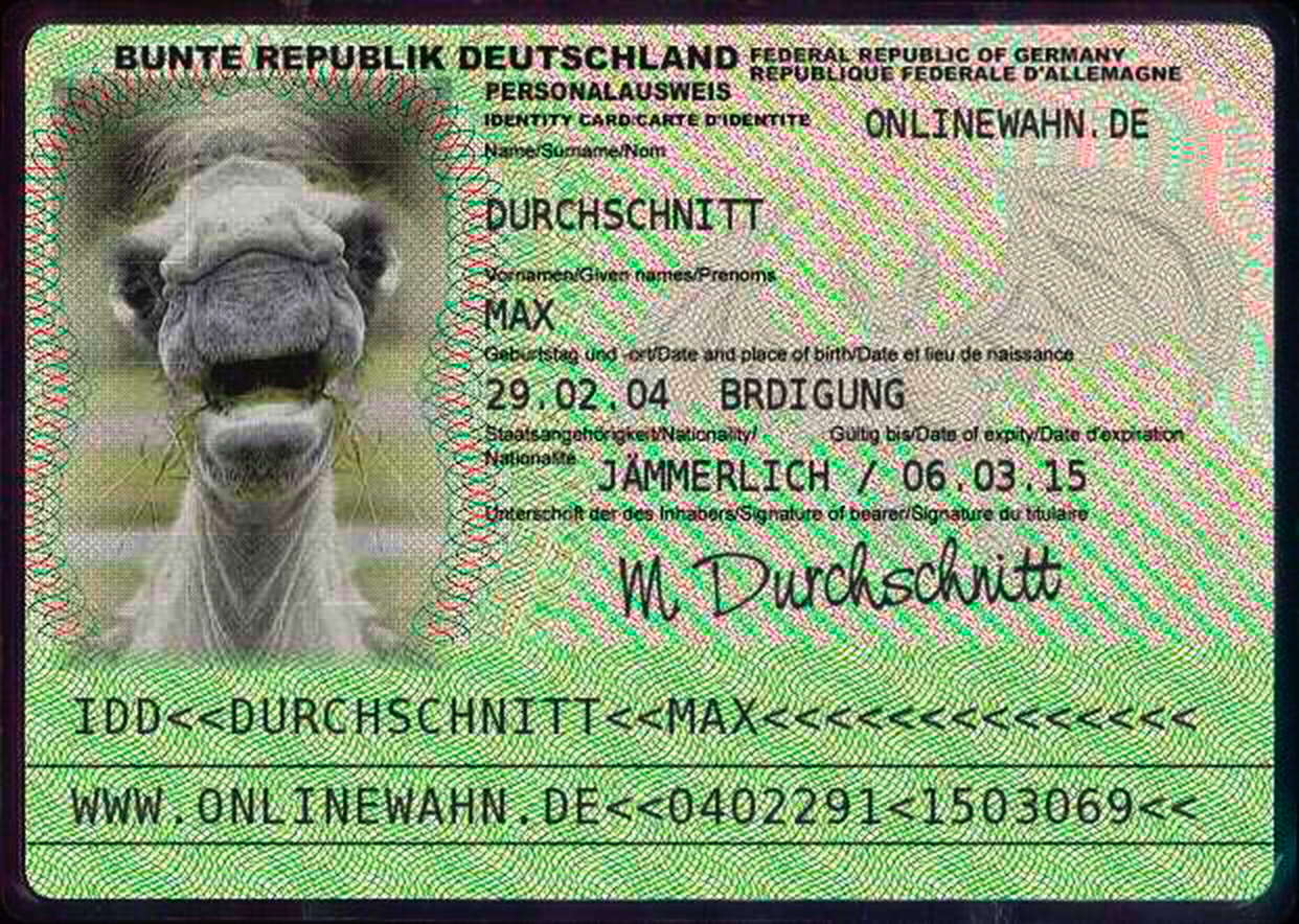 Max_Durchschnitt_Terror_Buerger_Ueberwachung_Einschraenkung_Reisefreiheit_Personalausweis_Kamel_Grundrechte_Entzug