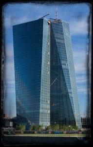 ezb_gebaeude_palazzo_prozzo_in_bankfurt_frankfurt_statussymbol_des_euro_europaeische_zentralbank_sodom_und_gomorrha.jpg