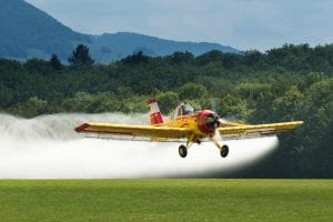 Agrarflugzeug Spruehflugzeug Gift Monsanto Kokainplantagen Kolumbien Herbizid Austrag Drogen Kampf Suedamerika