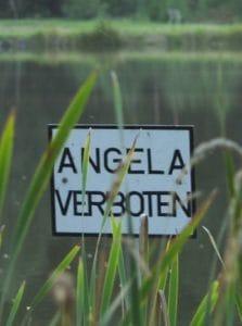 Angela verboten Merkel CDU Partei Politik Mutti Personenkult