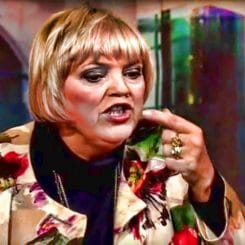 Claudia Roth Muenchener Runde bayerische Rundfunk Satire Grundgesetz Asyl Dummheit