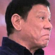 Philippinischer Frachter greift US-Zerstörer an