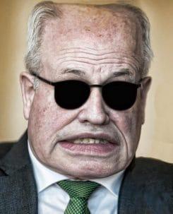 volker-kauder-etwas-verbissen-protest-gegen-russland-usa-demo-schweigen-und-gewalt-fraktionsvorsitzender-bundestag-cdu