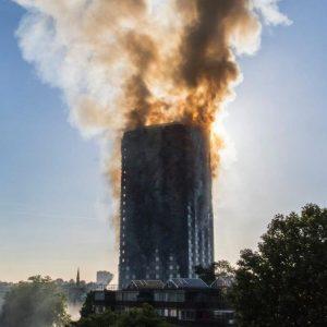 US-Dienste raten zum Einsturz des Brand-Towers