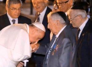 Papst enttarnt den Mega-Pädophilen in der Kirche